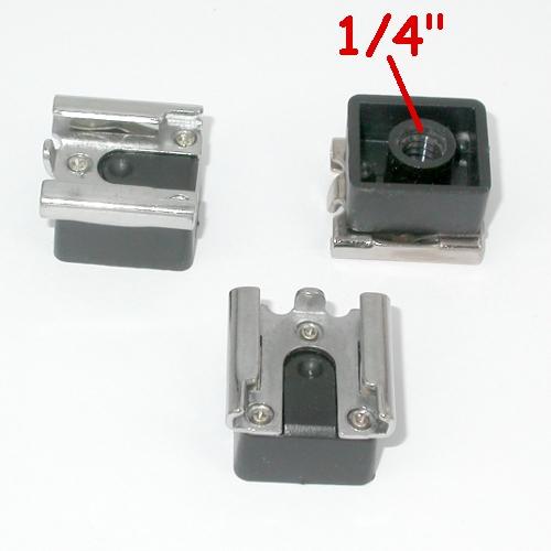 Slitta porta flash con attacco per cavalletto filetto standard 1/4 ``