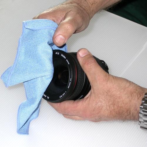 Panno per pulizia in microfibra per obbiettivi e lenti in vetro ottico