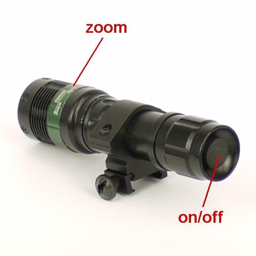 Torcia tattica Lampada zoom ultra potente a laser LED bianco 800 lumen.