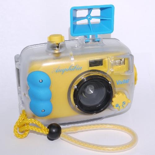 Fotocamera analogica con custodia sub  Vivitar Amphibia underwater 35mm camera