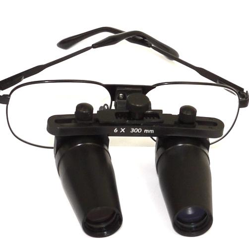 Occhiali ingrandenti prismatici 6X distanza di lavoro 300mm