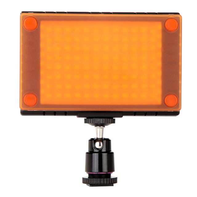 Illuminatore 96 LED portatile per video e foto con accessori